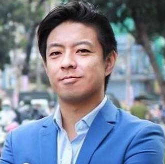 株式会社エスエイウェアハウス 代表取締役社長 里吉美仁